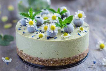 Cheesecake od matche, avokada i limuna