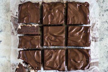 Brownie od heljde i lješnjaka