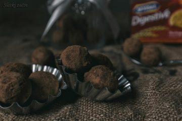 Kuglice s tamnom čokoladom i avokadom