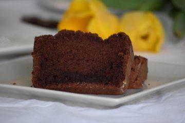 Sočni kolač od bjelanjaka i kakaa
