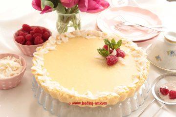 Tart s malinama i bijelom čokoladom