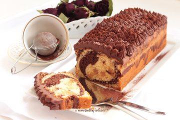 Mramorni kolač s marcipanom