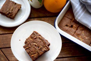 Pavin jednostavni kolač od čokolade i naranče