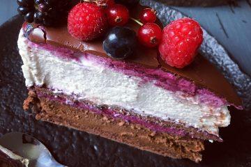 Mousse torta od čokolade, kokosa i borovnica