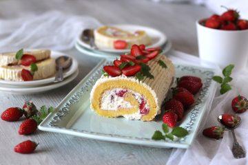 Rolada s jagodama i bijelom čokoladom