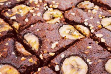 Brownie s bananama i lješnjacima