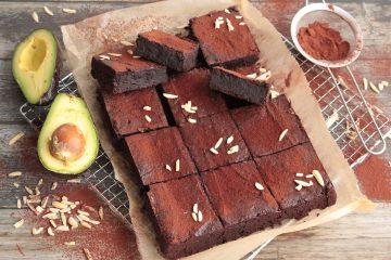 Avokado brownies s bademima