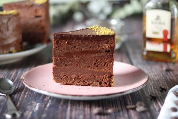 Čokoladna torta s konjakom