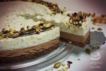 Imamo recept za idealnu slasticu za Valentinovo: tortu od pistacija i čokolade