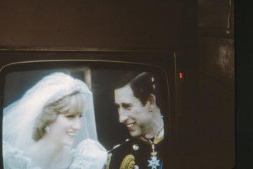 Nakon 40 godina: na aukciji kriška torte s kraljevskog vjenčanja princa Charlesa i princeze Diane
