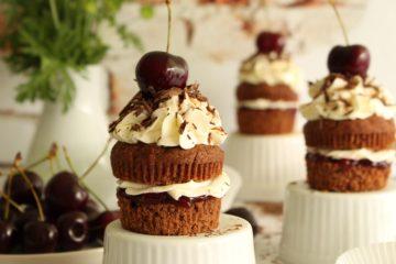Schwarzwald cupcakesi: pripremite omiljenu tortu u malom izdanju